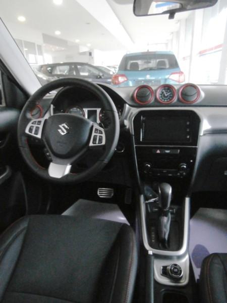 Suzuki Vitara S - enterijer