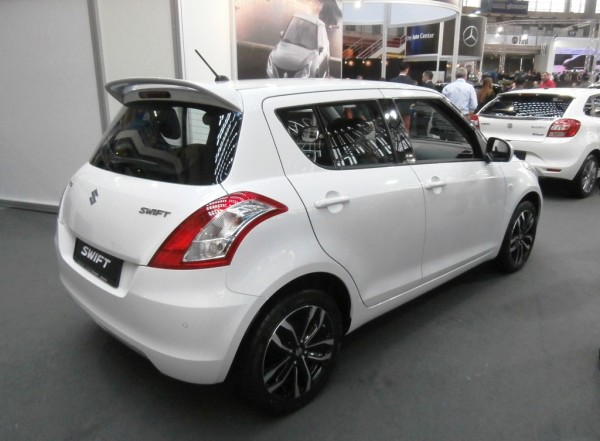 Suzuki Swift SE +