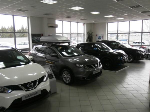 Salon - LF Auto centar